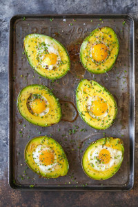 Baked-Eggs-in-AvocadoIMG_9953-600x900